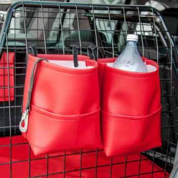 Röda bagageväskor